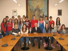 Visita d'alumnes de 4t d'ESO al Sr. Bisbe